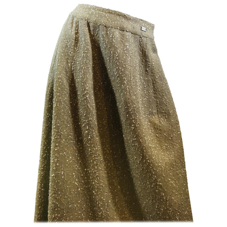 Chanel Taupe  3/4 Length Wool Tweed Skirt With Back Zipper