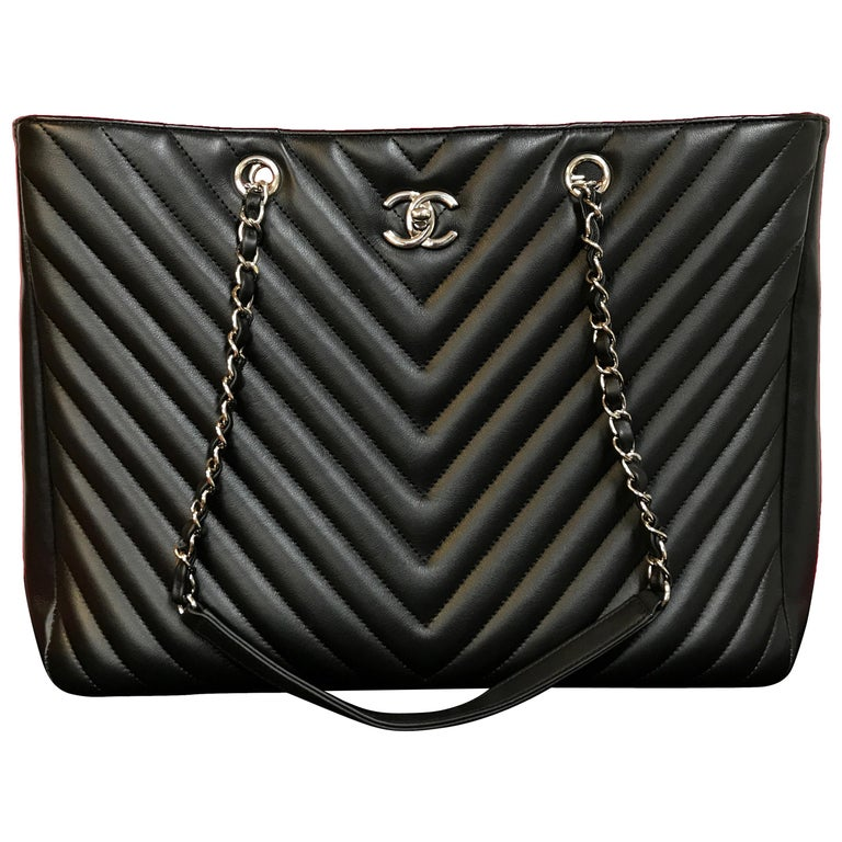 Large CHANEL CC Shopping Bag/Shopper chain chevron lambskin black 2016 For Sale