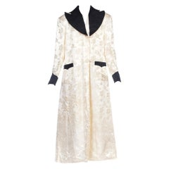 1940s White Silk Lined Dressing Gown