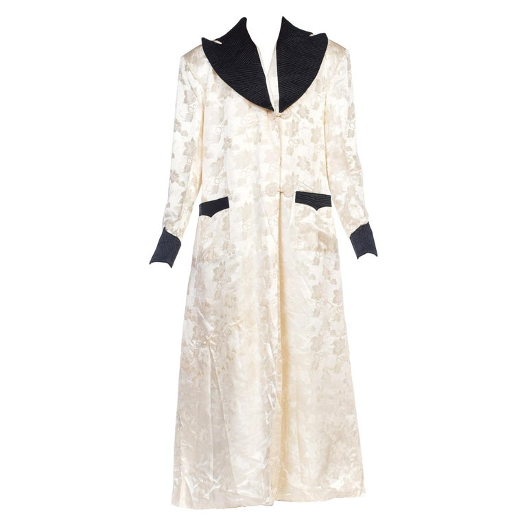 1940s White Silk Lined Dressing Gown For Sale At 1stdibs