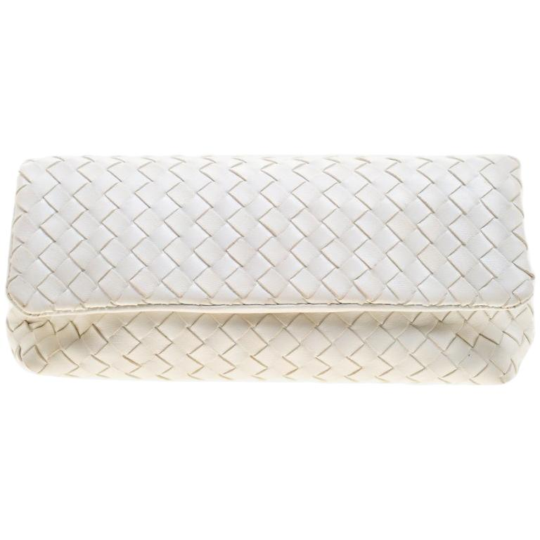 7e19ab310b55 Bottega Veneta White Intrecciato Leather Clutch at 1stdibs