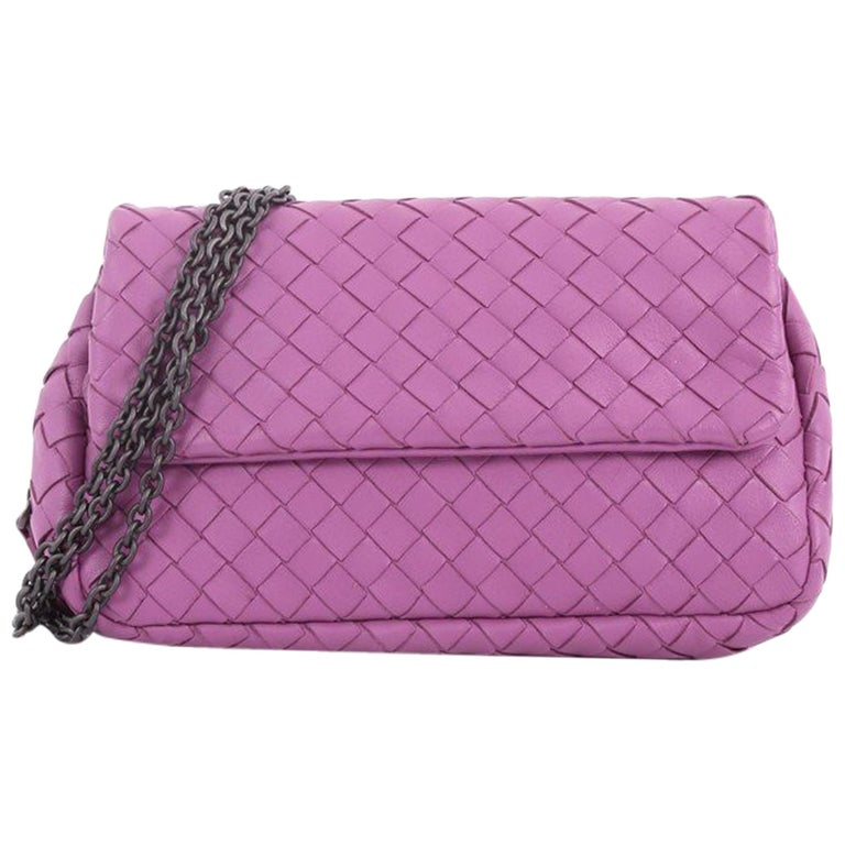 d9772e5aa0 Bottega Veneta Expandable Chain Crossbody Bag Intrecciato Nappa Small at  1stdibs