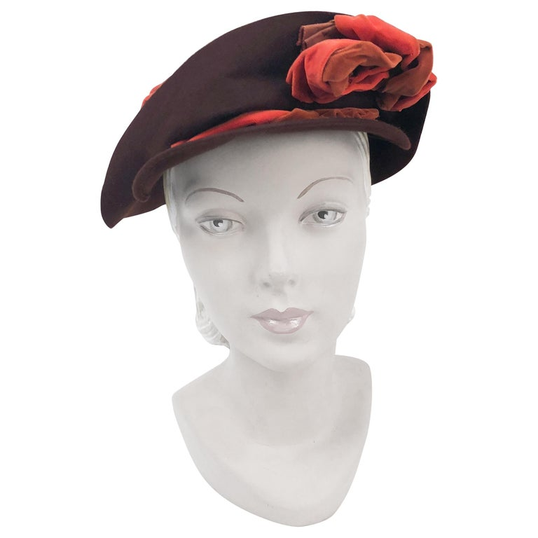 1930s Brown Fur Felt Hat with Multi-toned Cotton Velevet Twisted Accent For Sale