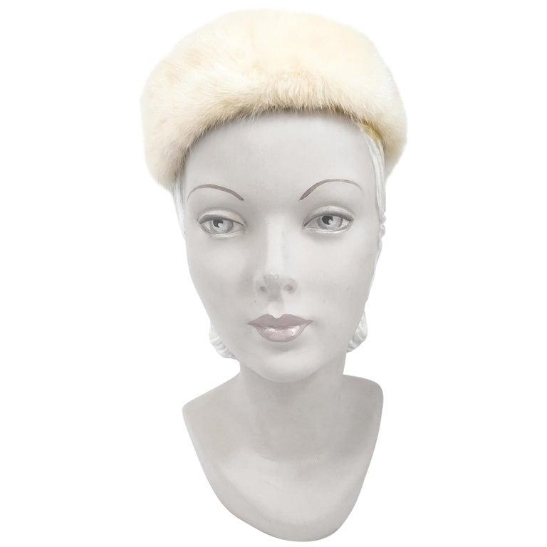 0b3c688cace 1960s White I. Magnin Mink Fur Hat For Sale at 1stdibs