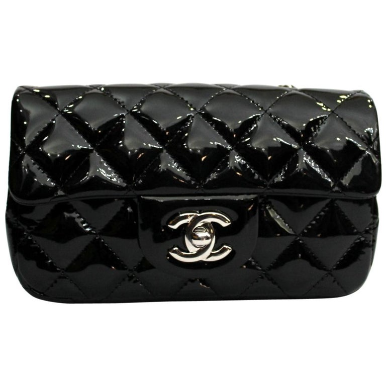 1f01e2615460 2013/2014 Chanel Black Patent Leather Bag at 1stdibs
