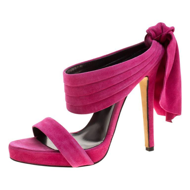 521274dced6 Oscar de la Renta Fuchsia Pink Suede Sandy Bow Detail Sandals Size 37 For  Sale