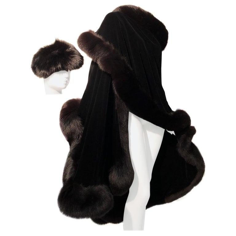 Halston Luxurious Black Silk Velvet Fox Fur Cape & Fox Fur Hat Ensemble For Sale