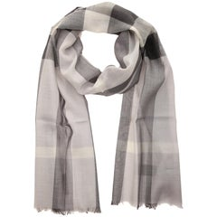 Burberry Scarf pale grey GAUZE HALF MEGA CHECK 39313231