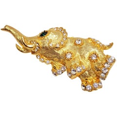 KJL Kenneth Jay Lane Clear & Green Crystal Elephant Pin in Textured Gold