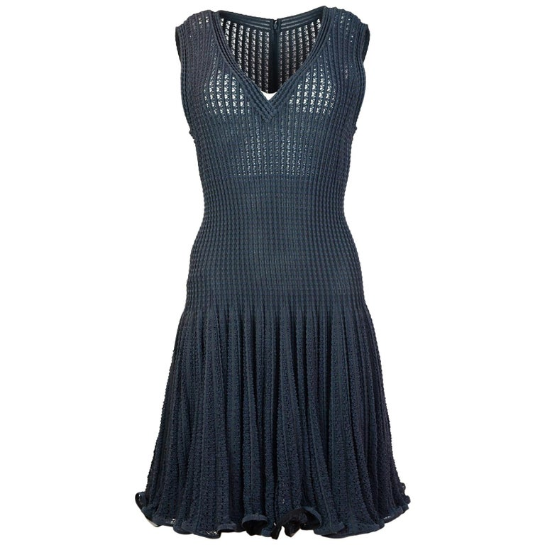 Alaia Grey Sleeveless Fit & Flare V Neck Dress Sz L For Sale