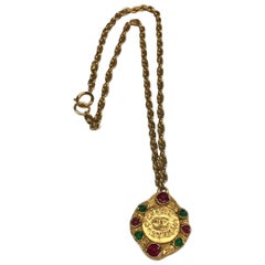 Chanel 1980s Gold and Gripoix Glass Pendant Necklace