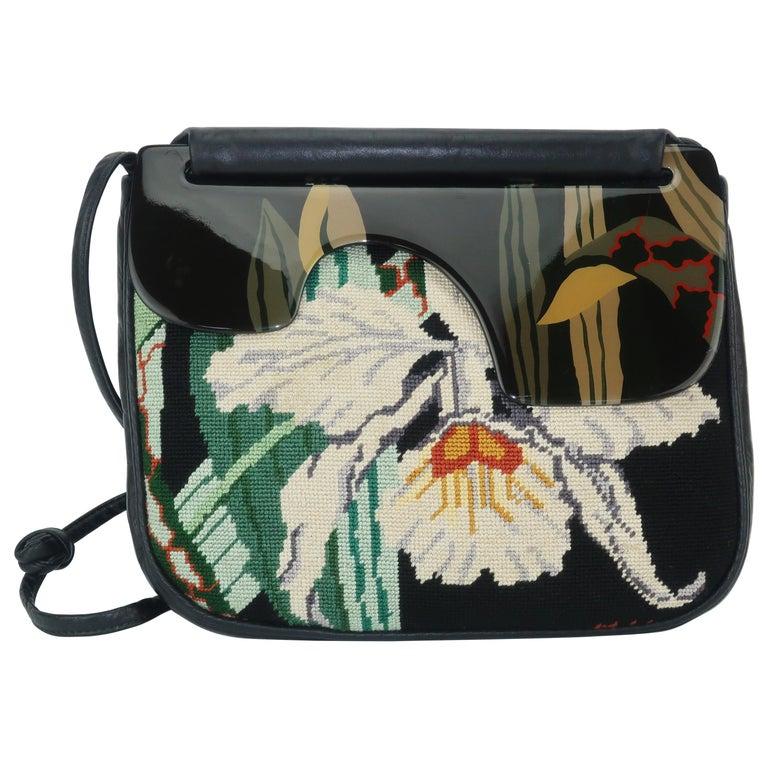 d14e80beb2d50 1980er Jahren Mond Tasche Gobelinstickerei Leder   Handbemalte Lack Holz  Handtasche 1