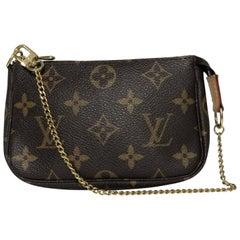 Louis Vuitton Monogram Pochette Accessories Mini Wristlet Handbag