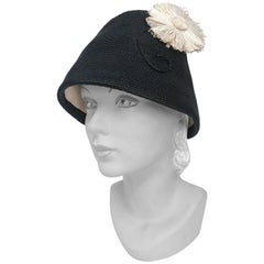 1960s Black Woven Straw Cloche Hat with Decorative Whimsical Daisy