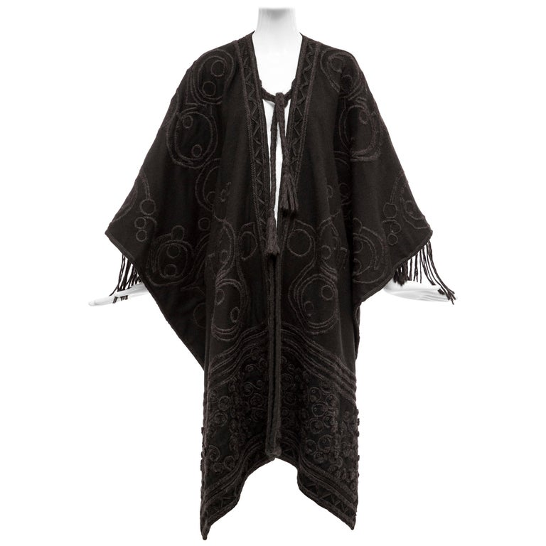 Dries Van Noten Runway Black Wool Embroidered Fringe Cape, Fall 2002 For Sale