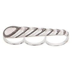 AS29 Spine Three-Finger Ring