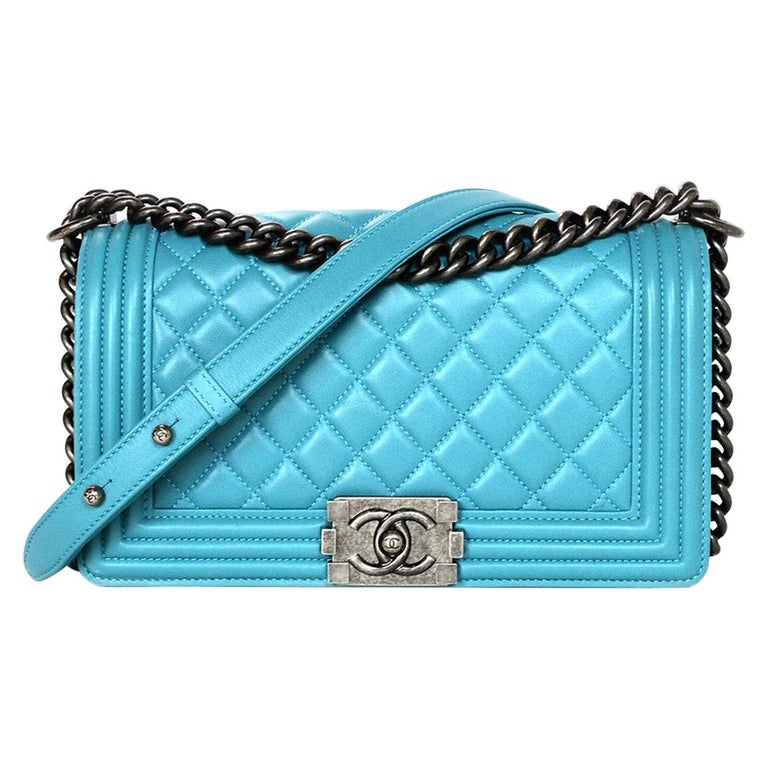 b1719e0f37b7 Chanel Turquoise Blue Lambskin Leather Quilted Medium Boy Flap Bag For Sale