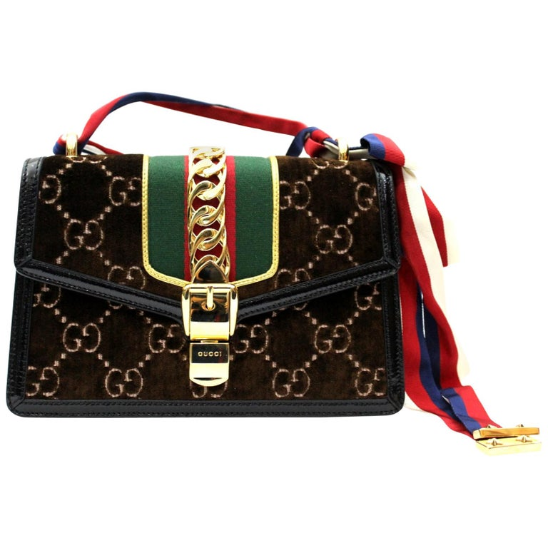5da78a5bbcfb 2018 Gucci Velvet Sylvie Bag For Sale at 1stdibs