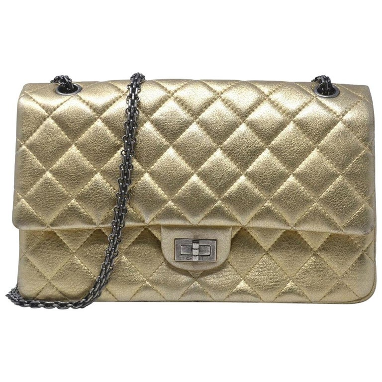 6d75b1012e513b Chanel 2.55 Reissue Jumbo Double Flap Chevron Gold Leather Handbag For Sale