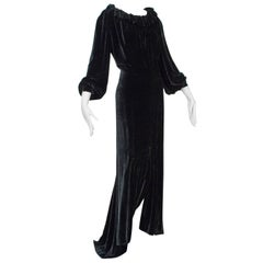 Aesthetic Open-Back Ruff Collar Gown with Train, 1930s