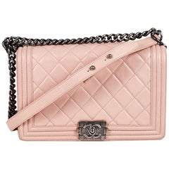 CHANEL Boy Bag in Pink Quilted Calf Leather