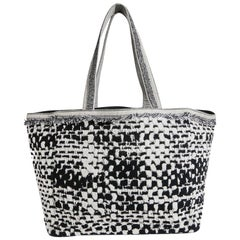 CHANEL Beach Bag in Black and Gray Terry Cloth with a Tweed Effect