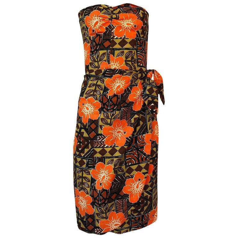 1950s Unlabeled Cotton Hawaiian Orange & Tan Floral Print Dress For Sale