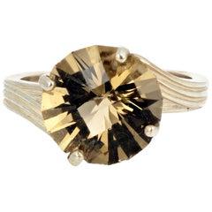 Brilliant YellowGold Labradorite Sterling Silver Ring