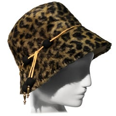 1960s Leslie James Leopard Print Faux Fur Bucket Style Hat W/ Unique Beaded Band