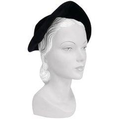 1940s Hattie Carnegie Black Velvet Hat