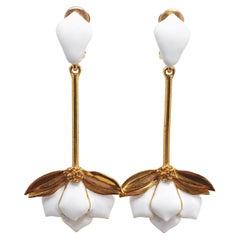 Oscar de la Renta Long Dangling White Enamel Golden Flower Fashion Drop Earrings