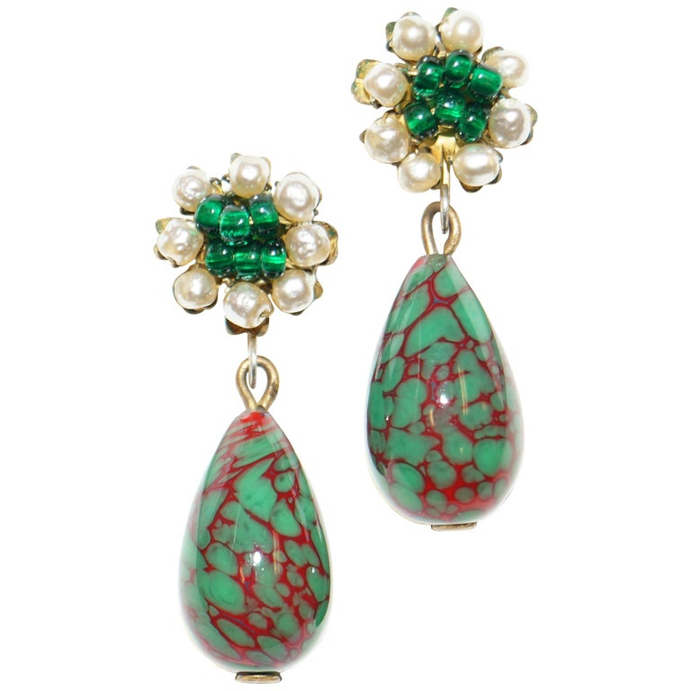 1950s Miriam Haskell Green and Red Poured Glass and Pearl Drop Earrings For Sale
