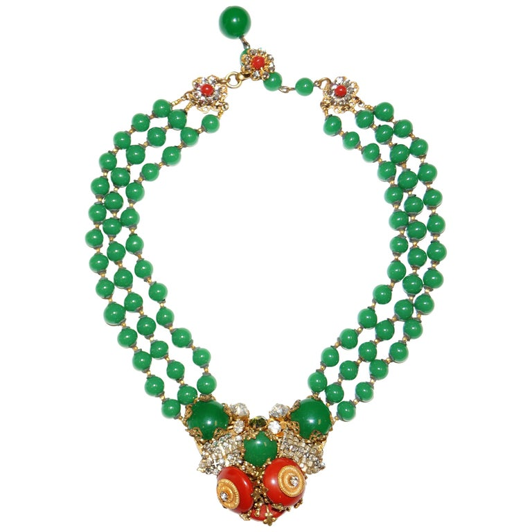 1950s Miriam Haskell Green and Umber Glass and Rhinestone Floral Choker For Sale