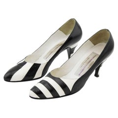 Late 1980s Susan Bennis Warren Edwards Black and White Striped pumps