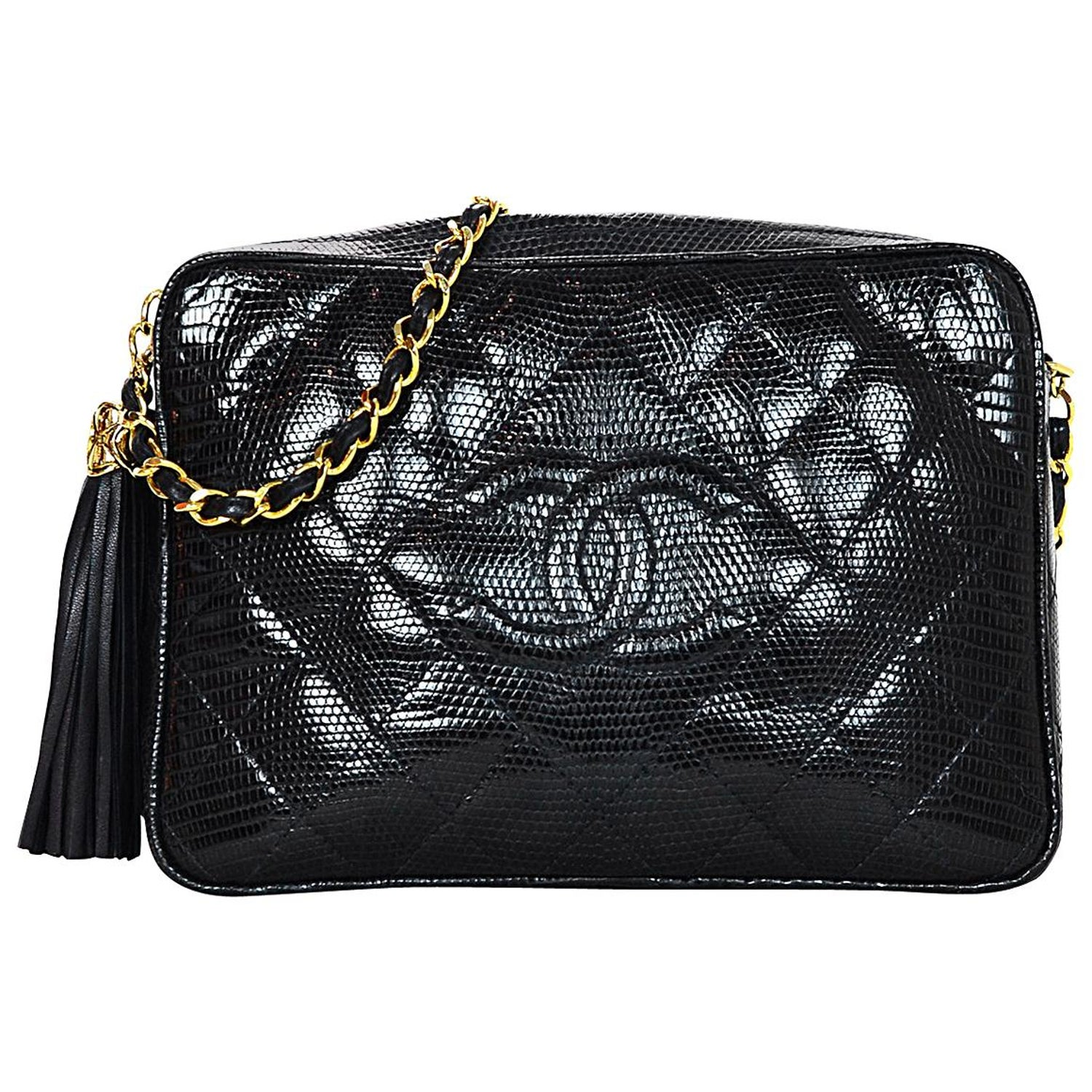 f6bc43892278 Chanel Vintage '89-'91 Navy Lizard Quilted CC Camera Crossbody Bag w. Tassel  For Sale at 1stdibs