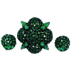 Circa 1960s Warner Emerald Faceted Glass Brooch and Earrings