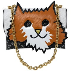 Louis Vuitton Orange Katzen-Clutch mit Kette 2019