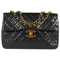 CHANEL Vintage Maxi Jumbo Bag in Black Quilted Smooth Leather