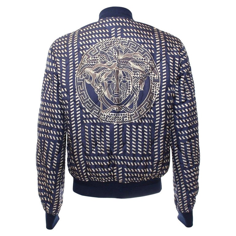 NEW VERSACE BLUE GOLD MEDUSA PRINT QUILTED 100% SILK JACKET for MEN For Sale