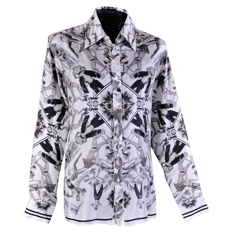 0dd10950eb NEW VERSACE 100% SILK SHIRT in ICONIC BLACK and WHITE PRINT for MEN