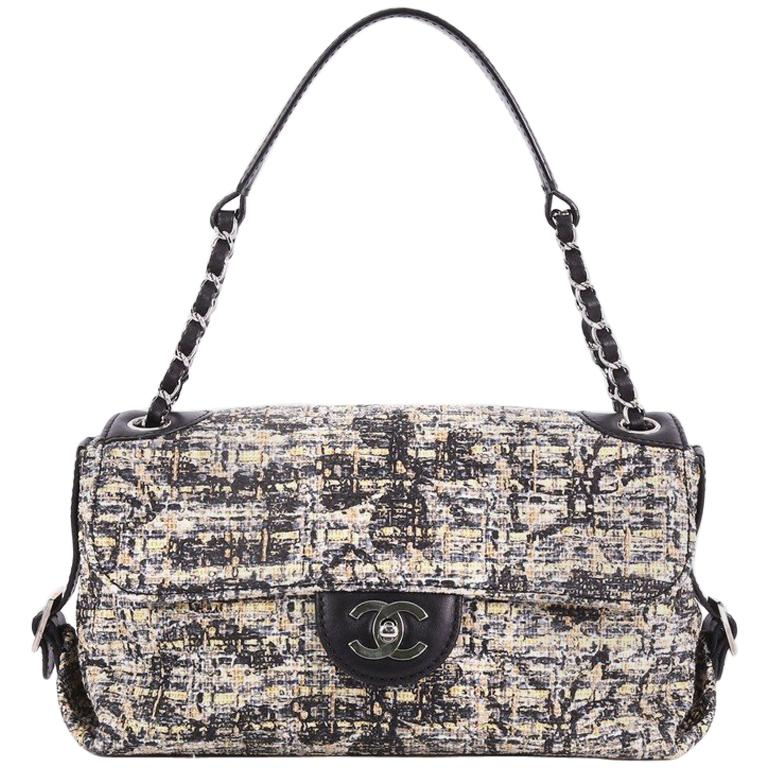 b8e1a26e3f03 Chanel Vintage Belted CC Chain Flap Bag Painted Tweed Medium at 1stdibs