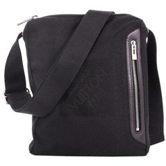 ce435a9af Vintage Crossbody Bags and Messenger Bags For Sale in New York ...