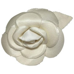 CHANEL Camelia Brooch in Ivory Fabric