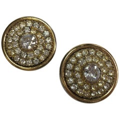 Unsigned Clip-on earrings in Gilt Metal and Rhinestones