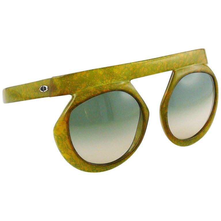 f4ea2beb6b6c Christian Dior Vintage 1970s Oversized Space Age Sunglasses Mod. 2030-50  For Sale