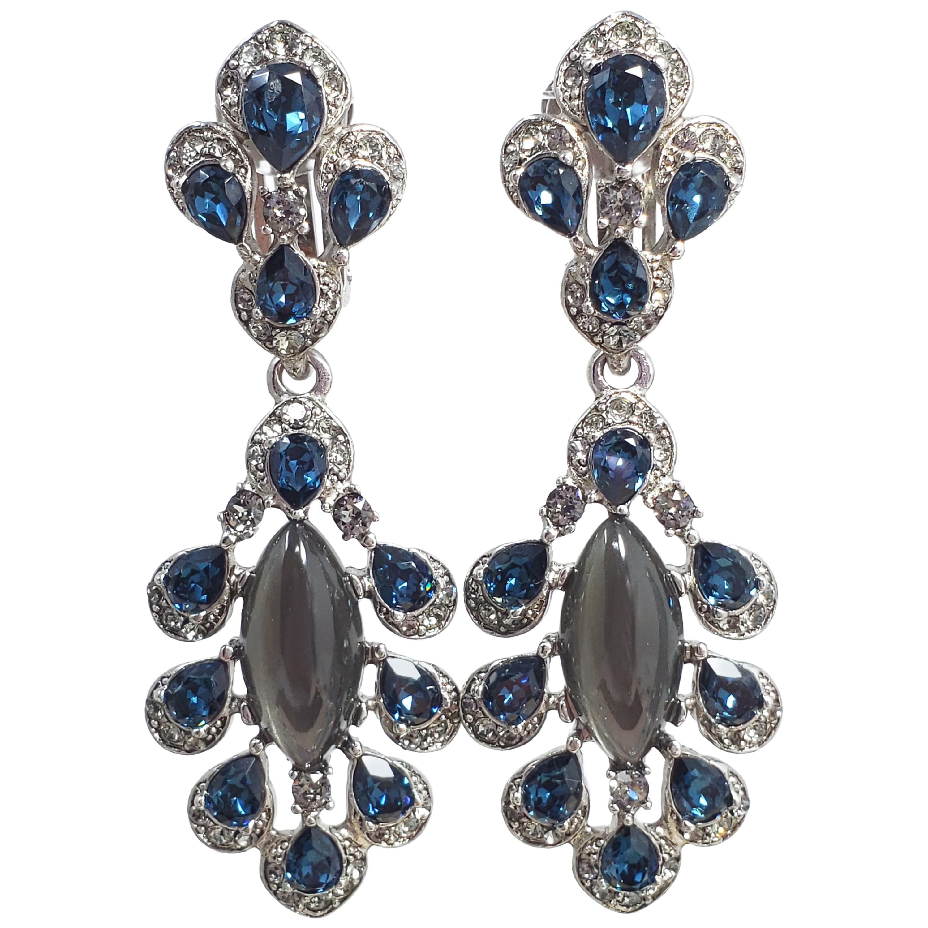 a220517eb Fashion Clip-on Earrings - 2,587 For Sale at 1stdibs - Page 2