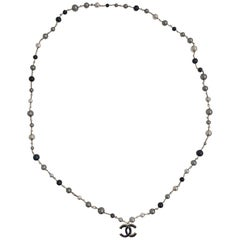 CHANEL Beaded Necklace in Gray, Black and Silver Pearls