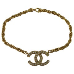 Chanel Vintage Golden metal Double C Short Necklace with Crystals