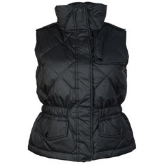 Burberry Black Quilted Zip Up Vest W/ Grey/White/Black Tartan Lining Sz S