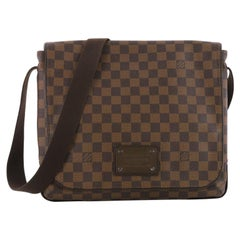 Louis Vuitton District Messenger Bag Damier MM